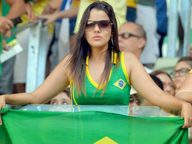 Olympic Games Rio 2016: sexy hot girls, fans, athletes, beautiful woman supporter of the world. Pretty amateur girls, pics and photos. Brazil 2016. Brasil selecao brasileira garota