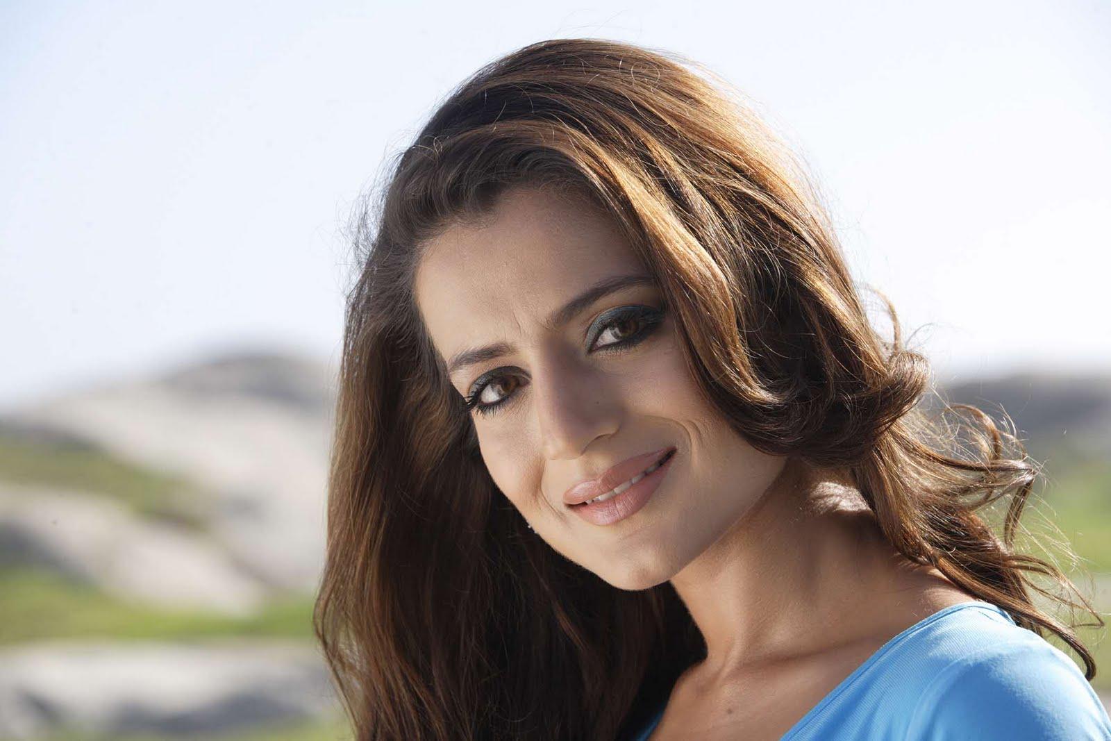 Sexy Photos Of Amisha