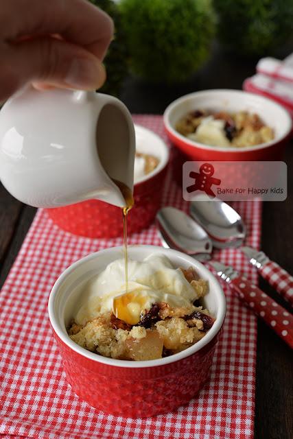 maple pear cranberry oat crumble yogurt