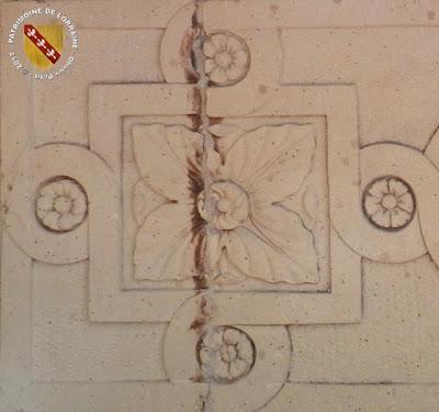 MIRECOURT (88) - Les halles (1614-1669)