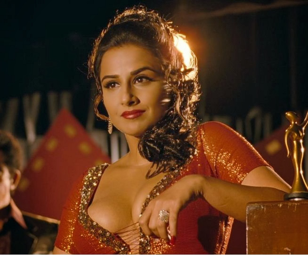 Nisha Jamvwal Writes Vidya Balans Dirty Picture Her Sex Appeal Is Her Realness-1825
