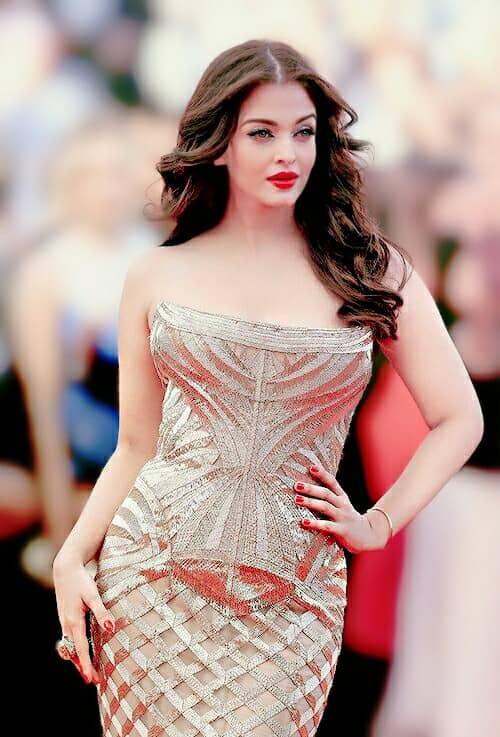 Most Beautiful Aishwarya Rai Photos, Aishwarya Rai armpit, Aishwarya Rai clevage Photos
