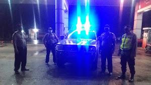 Patroli Rutin Polsek Paseh Polresta Bandung, Sambangi SPBU Elos Guna Menjaga Kamtibmas