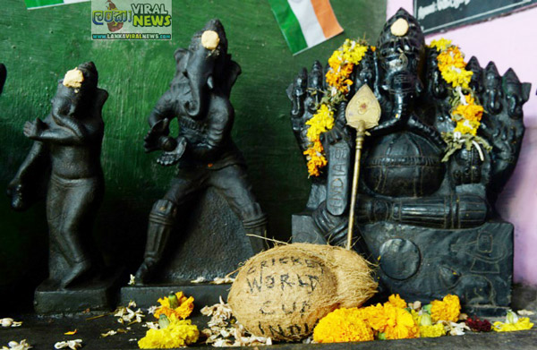Indian fans pray for India victory with Lord Ganesha idols in different cricketing poses 2
