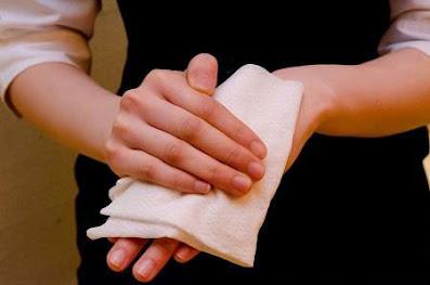 costumes japoneses pano quente para limpar as mãos