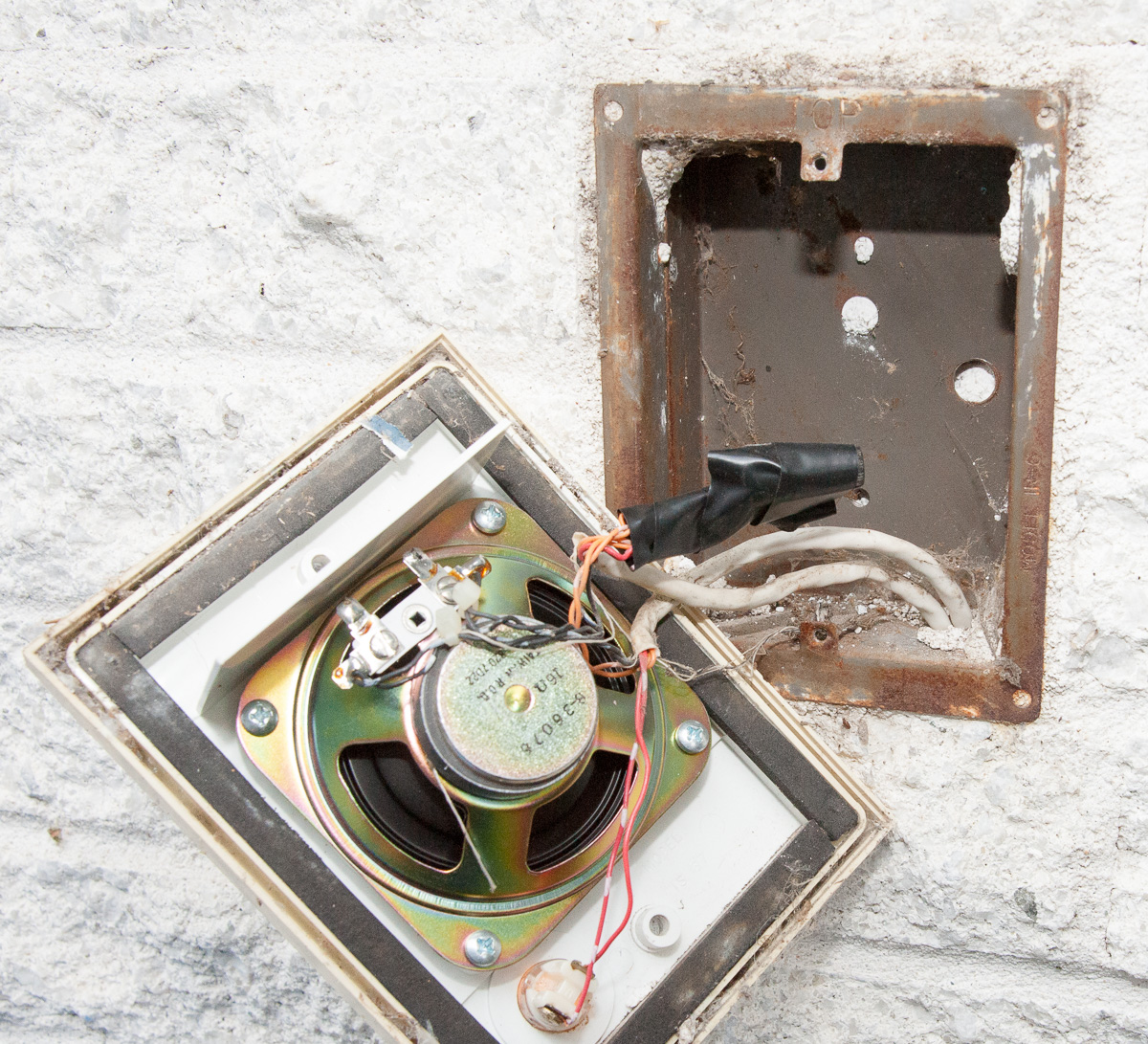 Vintage Nutone Door Speaker and Connection Box - Don\u0027t forget to cut the power to your doorbell circuit before working with these wires. & Glen\u0027s Home Automation: Installing the Ring Pro Video Doorbell ...