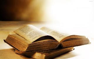 Cztery książki, które warto przeczytać.