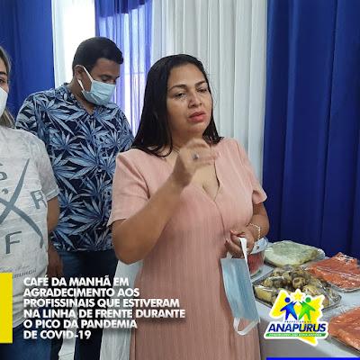 Em café da manhã, Prefeita Vanderly Monteles agradece empenho dos profissionais de saúde na luta contra a COVID-19