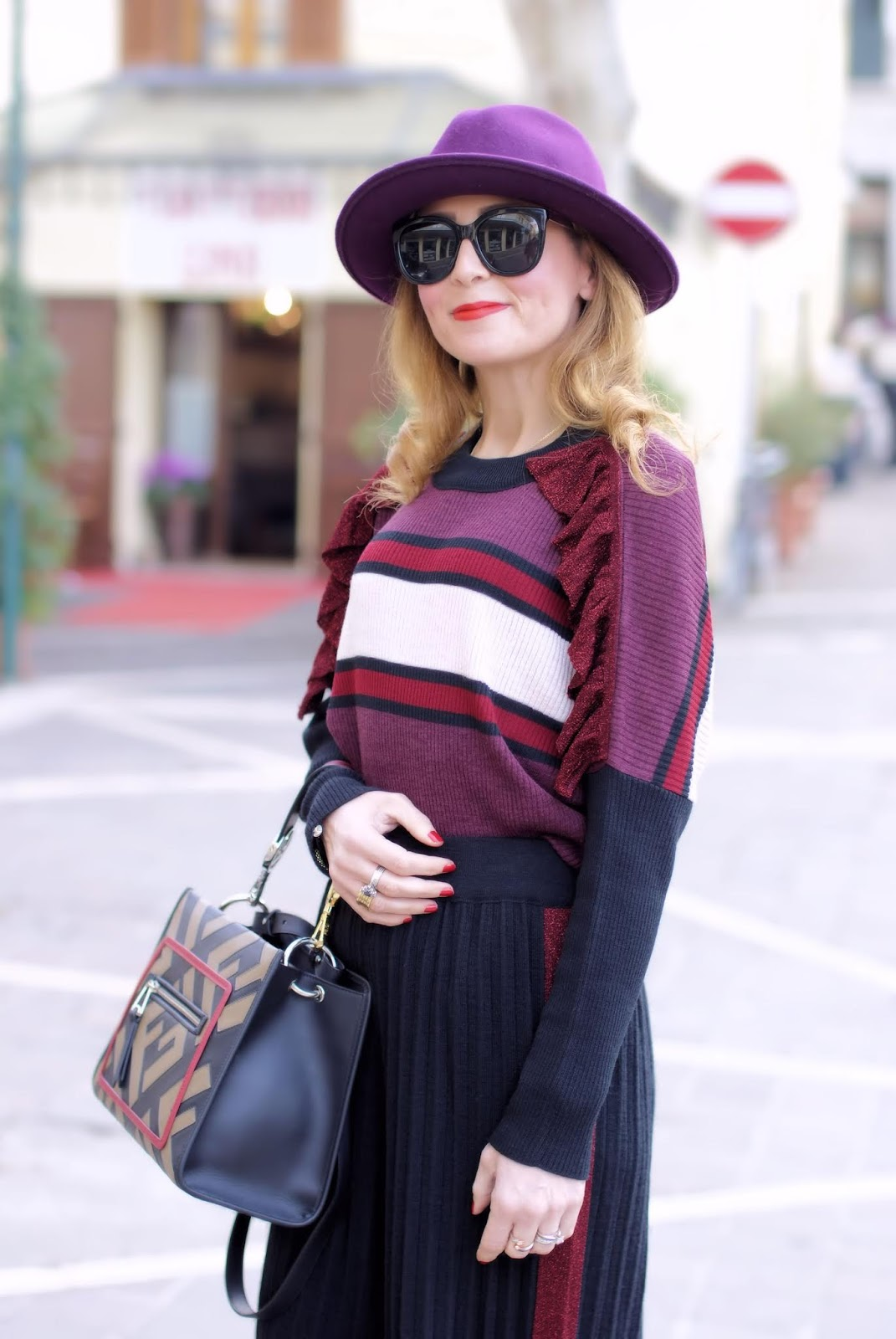 Fabi Pleated palazzo pants suit: fendi runaway logo bag on fashion and cookies fashion blog, fashion blogger style