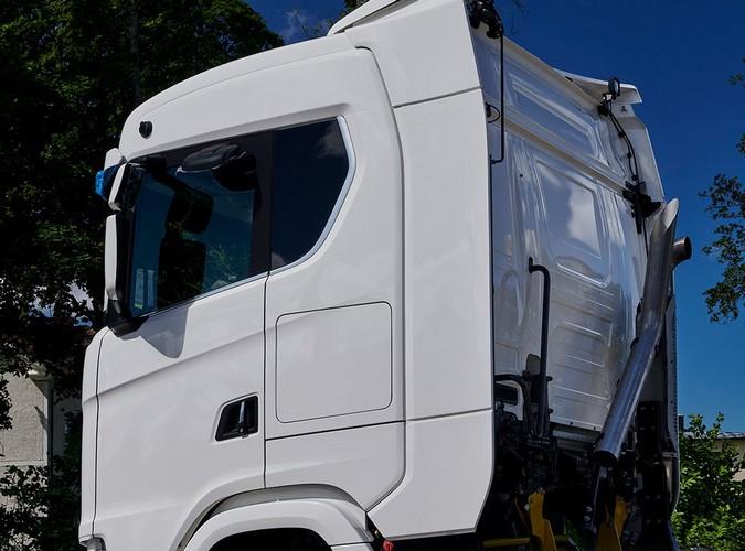 Scania amplia conforto de motoristas com cabines 13% maiores para modelos R e S