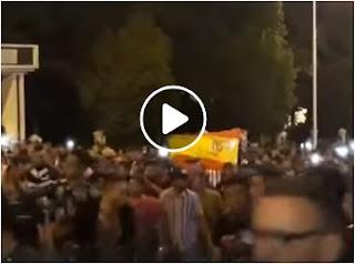 بالفيديو مسيرات احتجاجية بتطوان تطالب باسقاط الجنسية رافعة العلم الاسباني