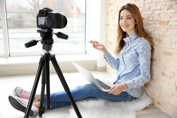 ماذا نقصد ب Vlogging وكيف ستجني أرباحا محترمة من خلاله؟