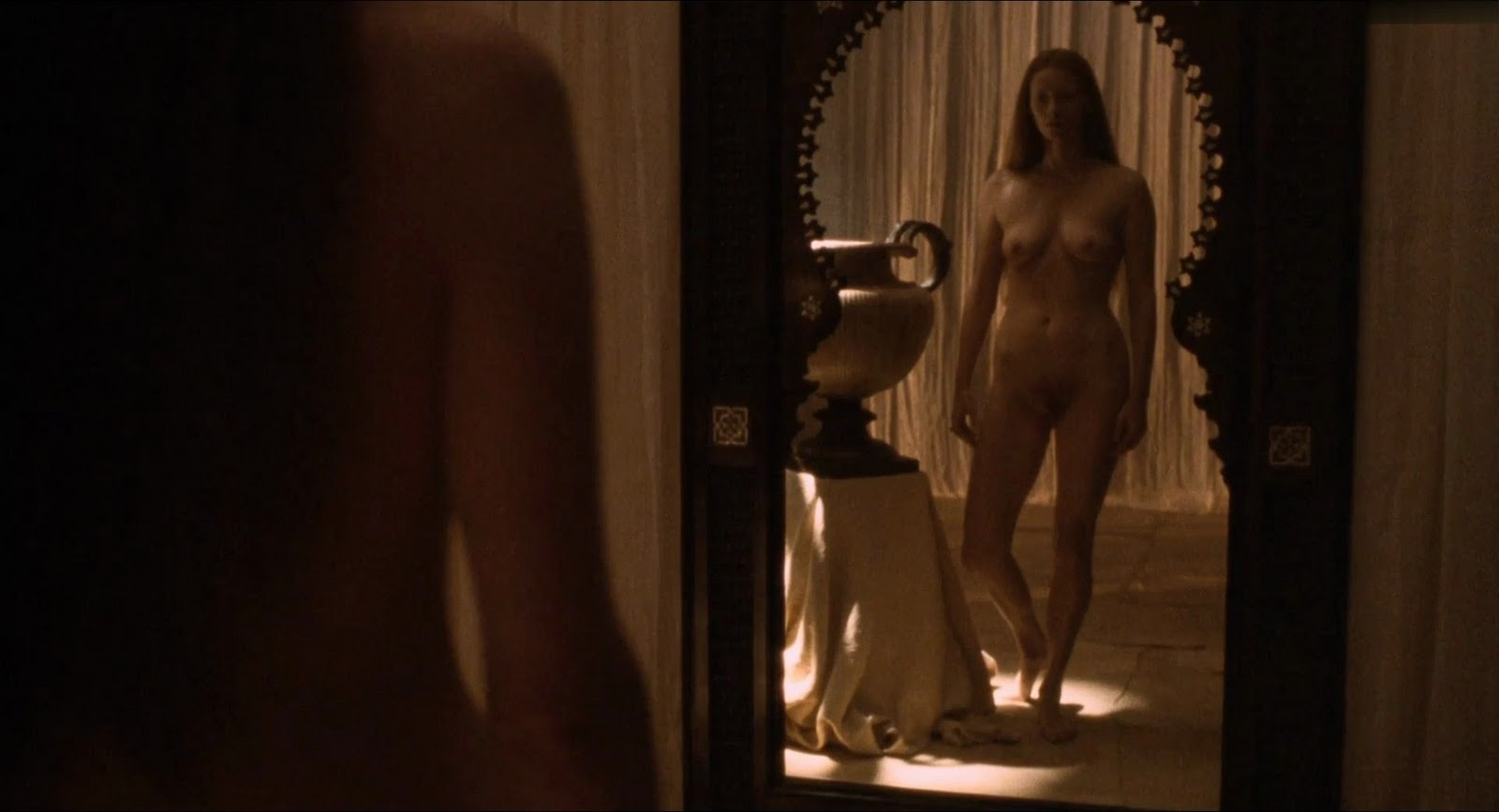 Kathryn hahn india menuez in i love dick s01 - 1 part 4