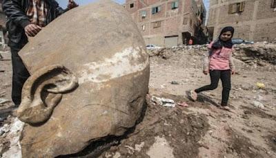 Penemuan Patung Firaun Ramses II digali di Mesir