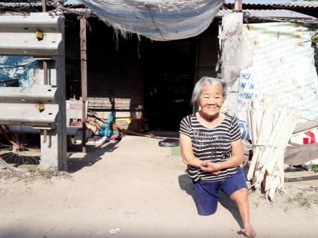 Quảng Ngãi Cụ già 82 tuổi cụt hết tay chân vượt lên nghịch cảnh