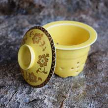 Yellow Ceramic Decorative Mini Vase in Port Harcourt, Nigeria