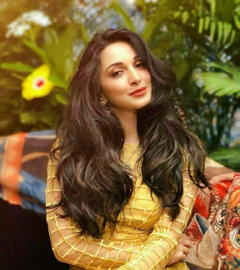 Kiara Advani Free Hair Style Beautiful Images