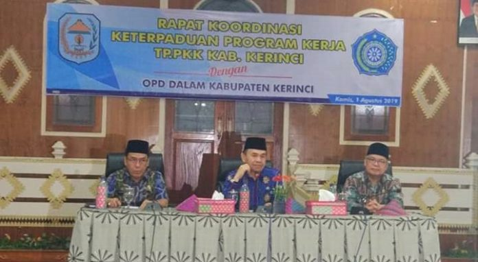 Bupati Adirozal Buka Rakor TP -PKK Dengan OPD
