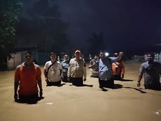 Sungai Bandar Durian Meluap, Jalinsum Rantau Prapat - Aek Kanopan Putus Total