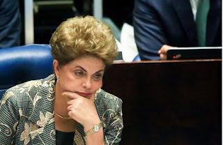 Defesa de Dilma no TSE muda estratégia
