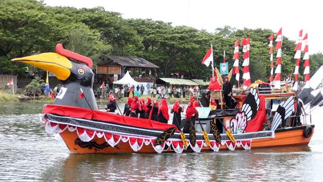 Festival Kapal Hias