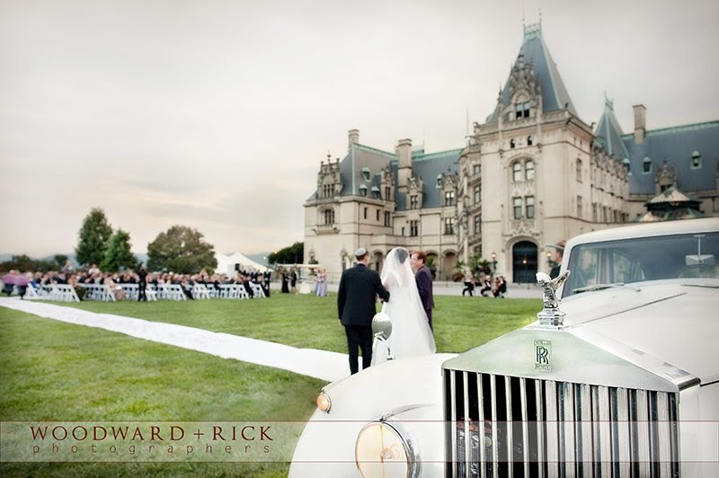At The Biltmore A Bride Can Arrive In Vintage Car Or Horse Drawn Carriage Photography By Woodward And Rick Photographers