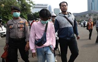 Sejauh Ini Masih Ada Sebanyak 67 Pendemo Omnibus Law yang Ditahan Polisi