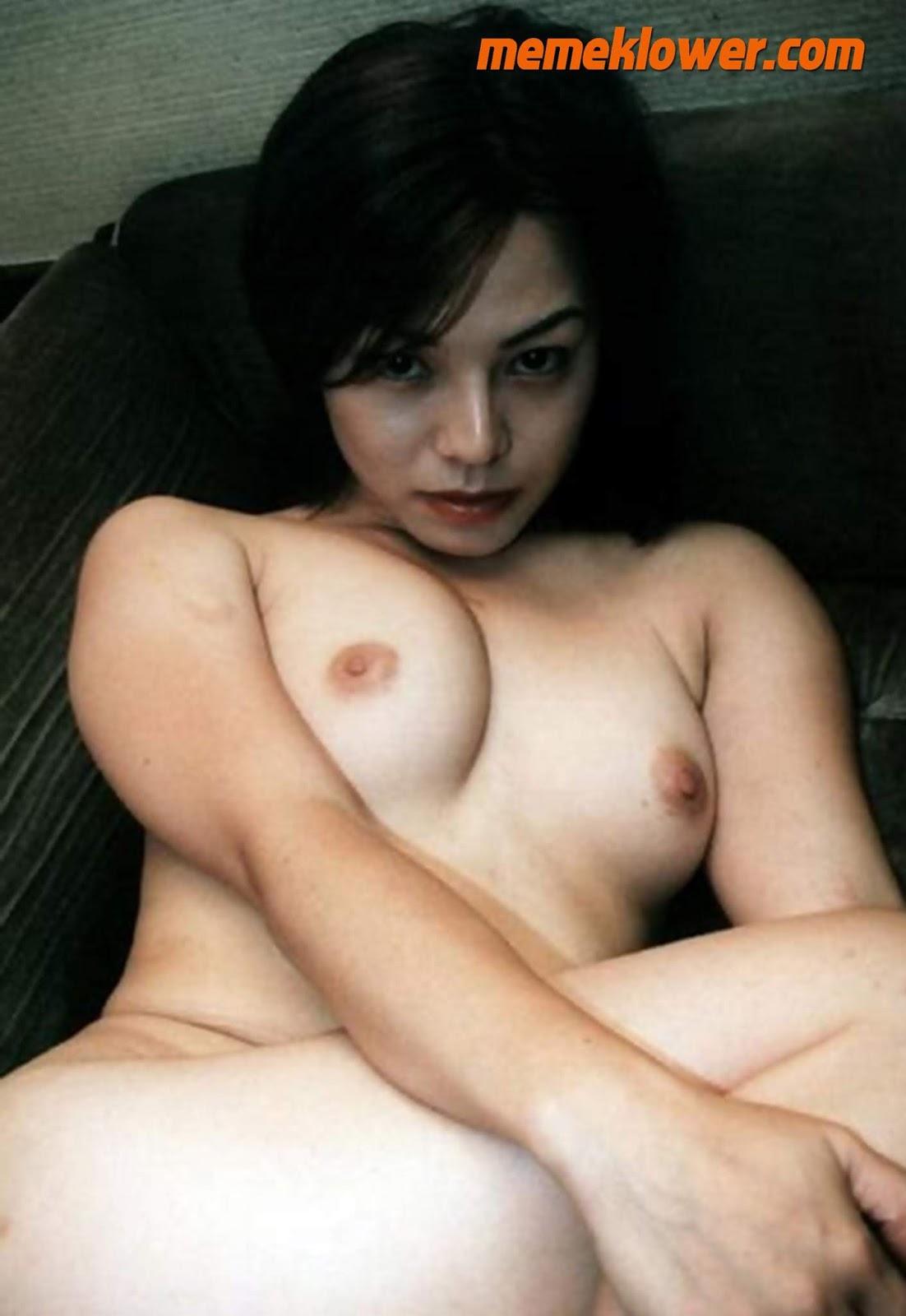 foto-bugil-tante-cantik-putih-mulus-1