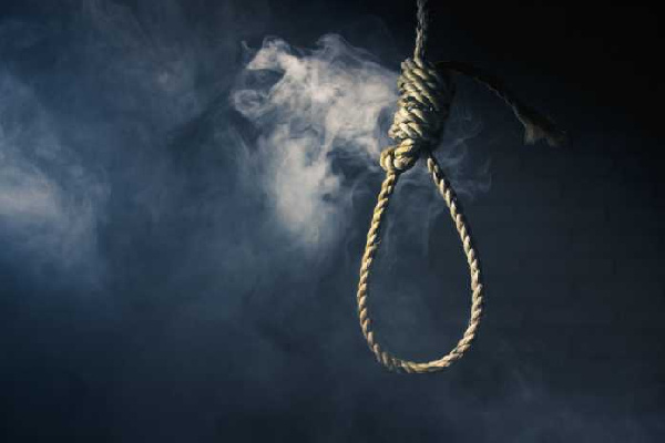 Auto Mechanic, 35, commits suicide on Mango tree