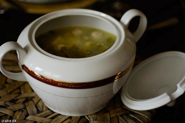 sopa-alemana-de-judías-verdes-salchichas