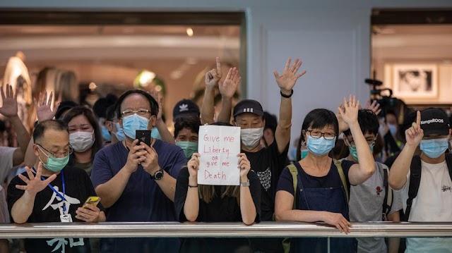 Több mint ötven embert vettek őrizetbe Hongkongban a keddi megmozdulás kapcsán
