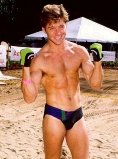 Unter uns-Star Ben Ruedinger zeigt sich nackt