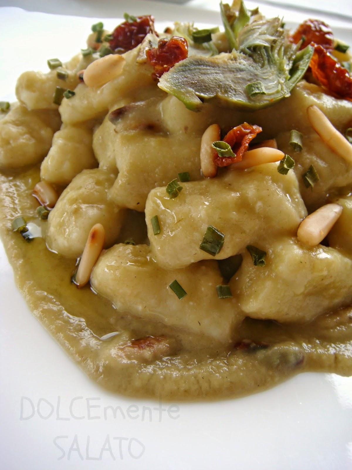 Ricetta Gnocchi Ricotta Montersino.Dolcemente Salato Gnocchi Di Ricotta Con Carciofi Pomodorini Secchi E Pinoli