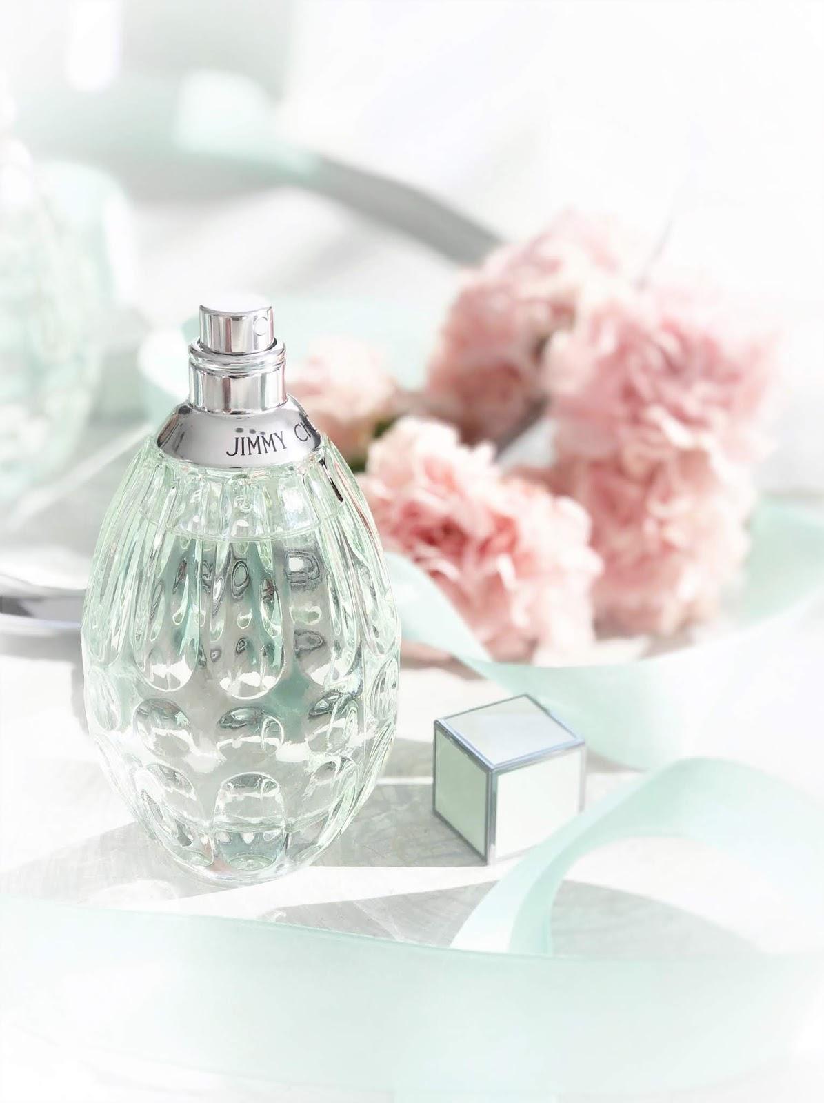 Zapach wiosny zamknięty we flakonie - Jimmy Choo Floral