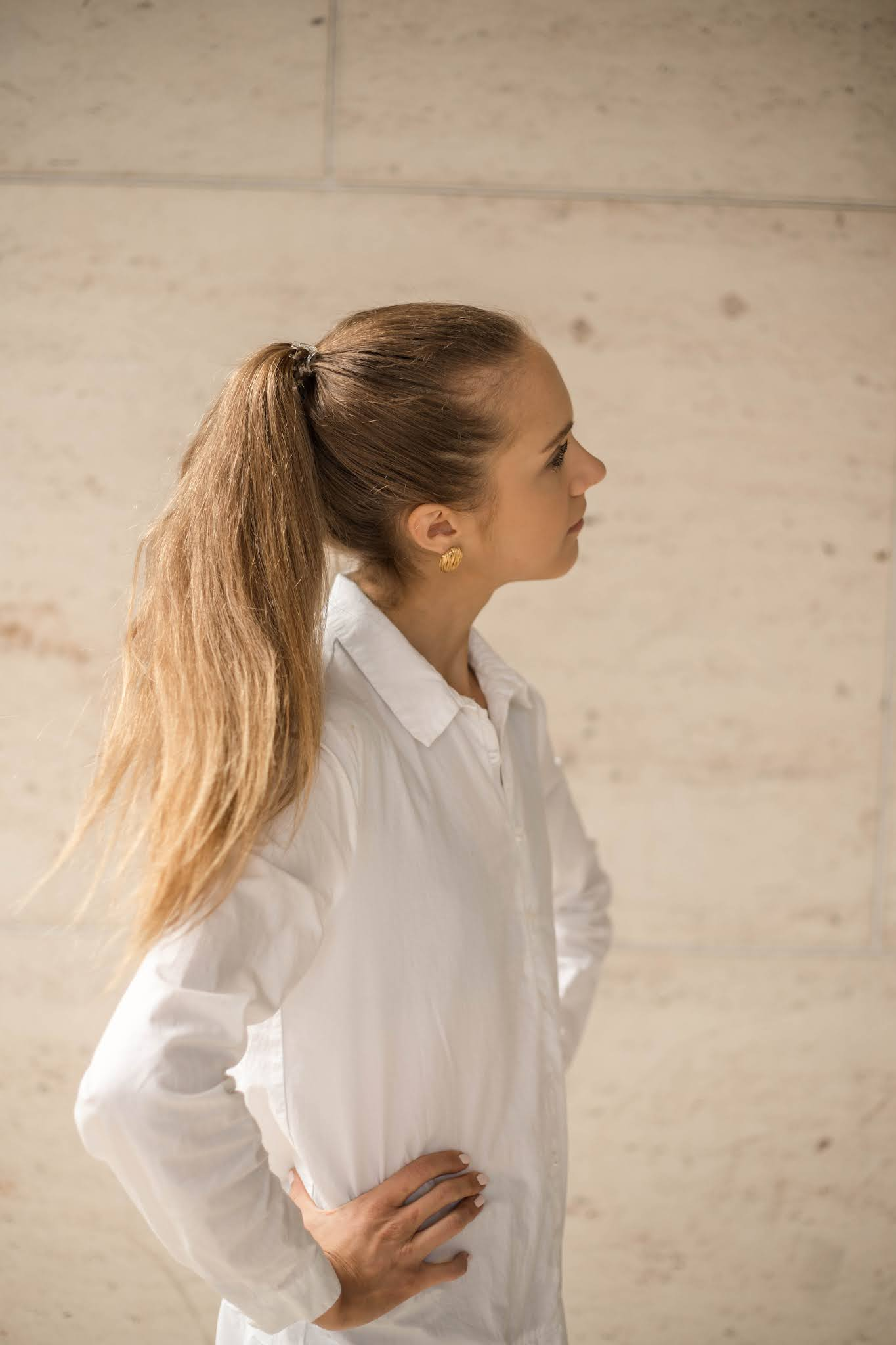 Valkoinen paitamekko, asuinspiraatio // White shirt dress, outfit inspiration
