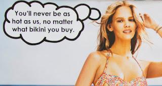Die Streetart des Tages kommt von Mobstr | Modified Bikini Advert