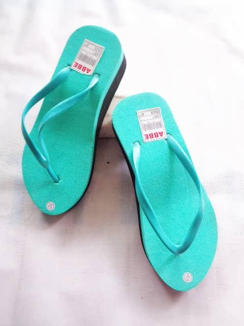 Harga Sandal Wedges Wanita Langsung Dari Pabrik | 082317553851