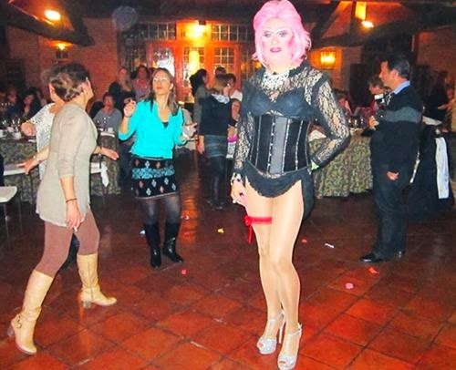 Espectaculo drag queen en Madrid para eventos y asociaciones