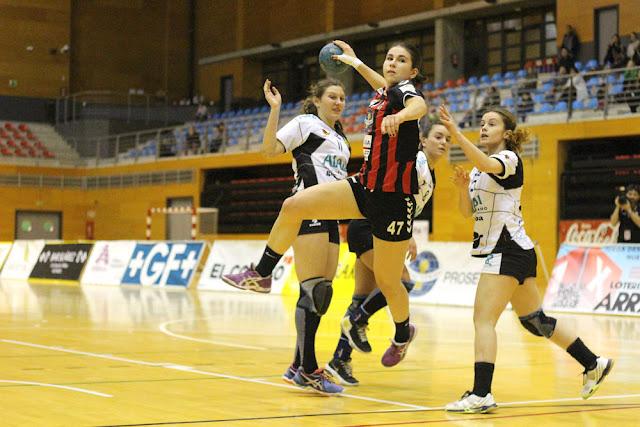 El Zuazo pasa a la final de la Copa Euskadi de balonmano femenino