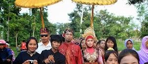 Romantisnya Tradisi Kawin Culik Ala Suku Sasak Lombok