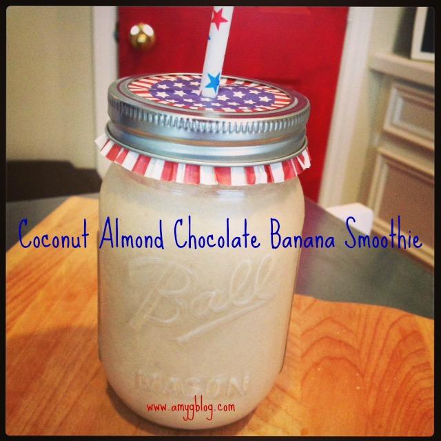 Coconut Almond Chocolate Banana summer smoothie recipe! #smoothierecipe #summersmootie #summerfoods