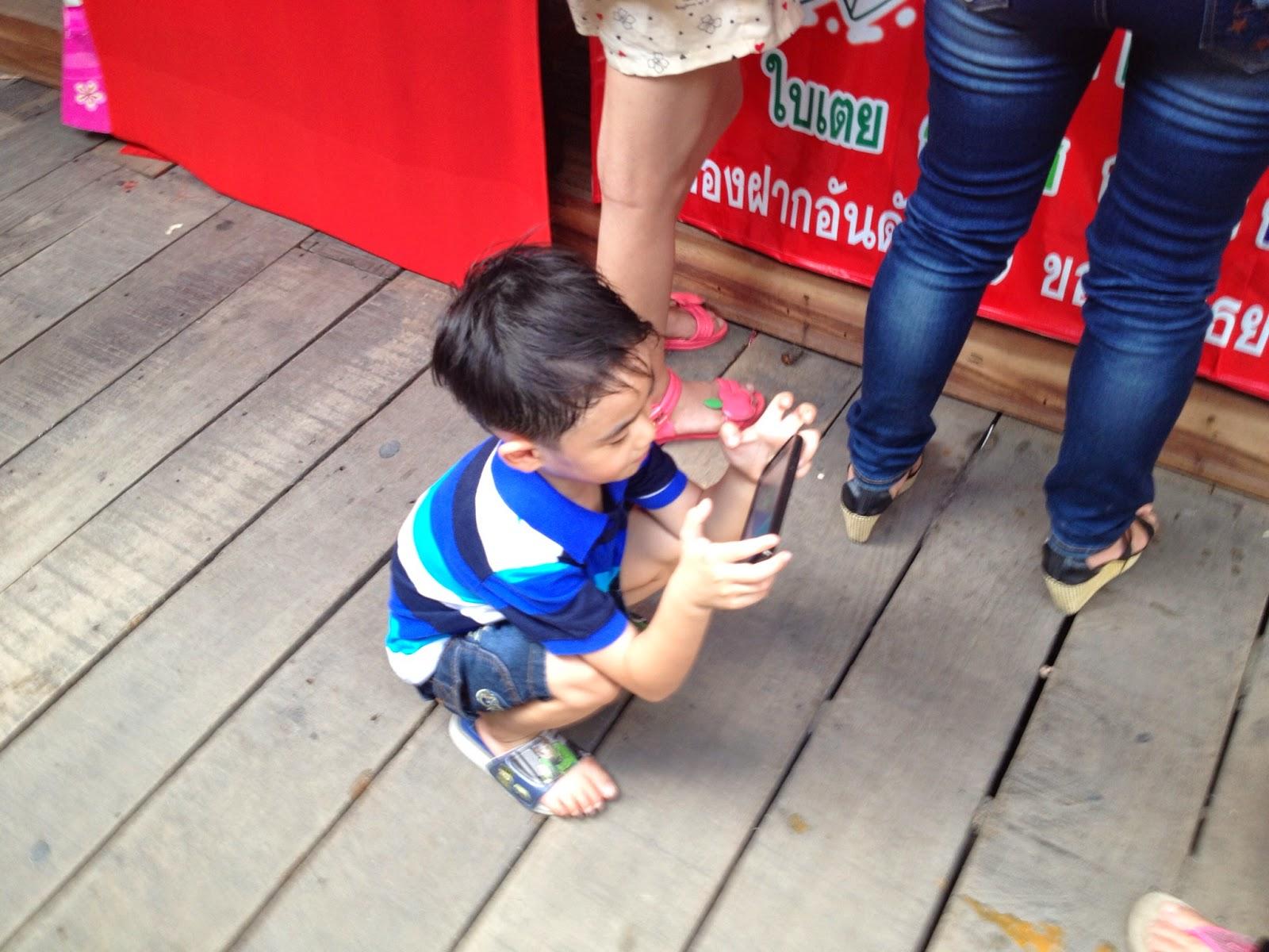 Ayutthaya - The Asian Squat