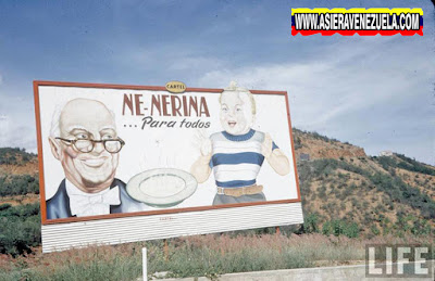 Una vaya publicitaria de Nenerina en la Autopista