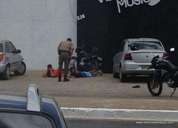 Arma é apreendida durante abordagem policial em Santa Cruz do Capibaribe