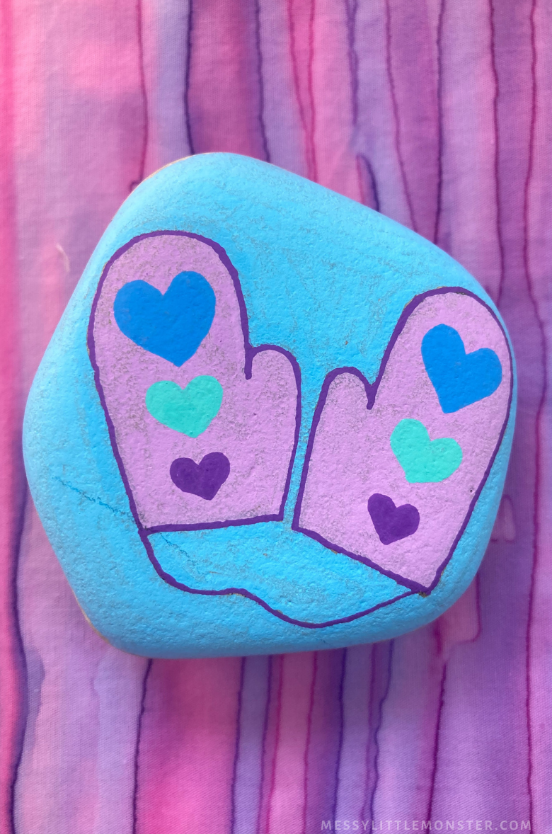 Winter rock painting - mitten craft