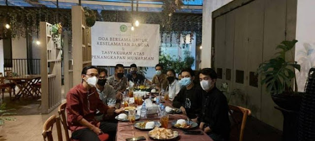 Beredar Foto di Media Sosial Doa Bersama dan Tasyakuran Penangkapan Munarman