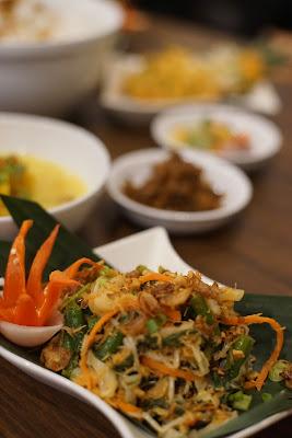 Paket Borneo, urap urap sayuran Swiss-Bellin Singkawang