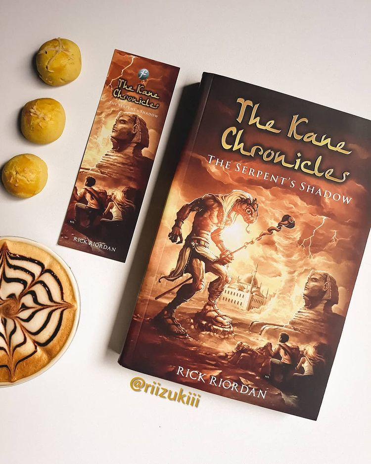 Review Buku : The Kane Chronicles: The Serpent's Shadow
