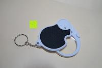 ausklappen: Einklappbare Alltags Lupe mit LED Licht - Kompakt und überall einsetzbar
