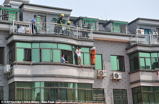 A 19 year old Girl from China Attempted to End Her Life By Jumping from a Building